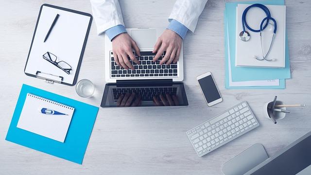 NIPT(新型出生前診断)とコンバインド検査の基礎知識や違いを解説