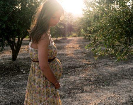 NIPT(新型出生前診断)にリスクはない?考えられるメリットとデメリットを解説