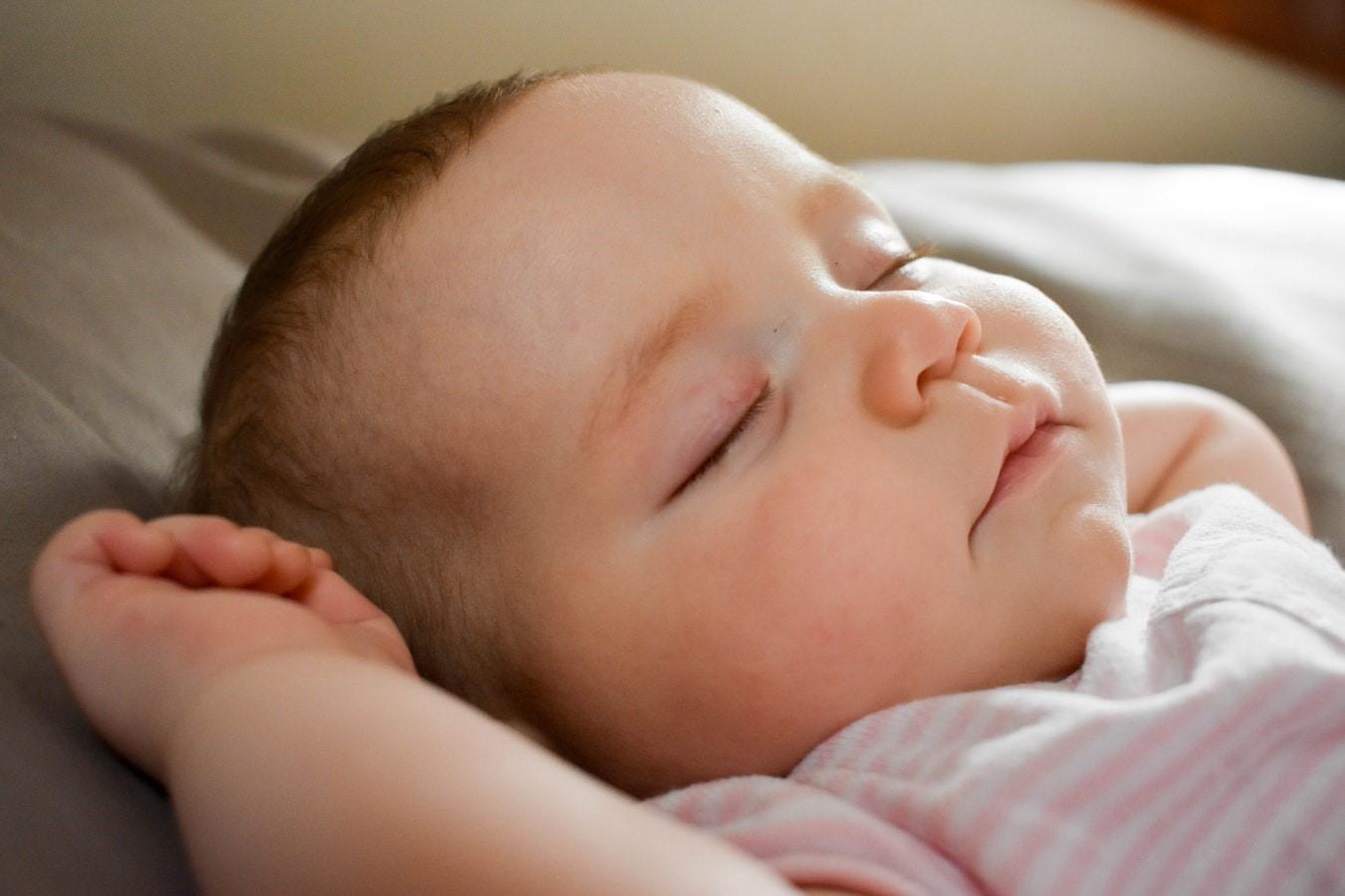 国内でNIPT(新型出生前診断)を受けた場合、調べられる染色体は3つだけ?より詳しい検査を行うには?